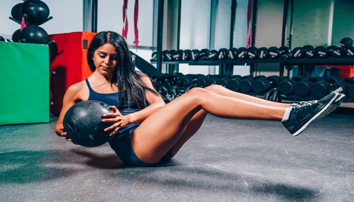 Exercício abdominal rotação de tronco